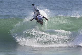 33 Alex Ribeiro Hurley Pro at Trestles foto WSL