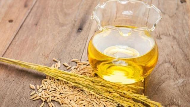 Manfaat Minyak Dedak Padi: 14 Daftar Luar Biasa Untuk Kesehatan, Rambut & Kulit