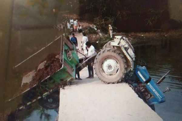 palwal-bhawana-village-news-pul-without-reling-many-accident