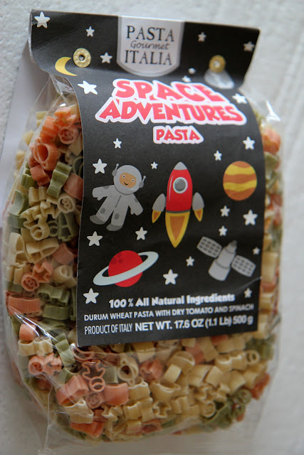 Whip up this delicious and fun space-inspired pasta dish with veggies inside!