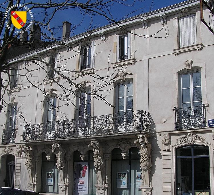 Patrimoine de lorraine toul 54 maison aux caryatides for Maison toul