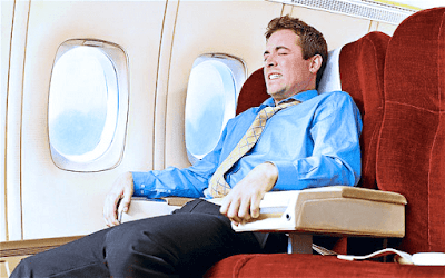 """فوبيا الطيران """"الإيروفوبيا"""" .. الأسباب والأعراض والعلاج"""