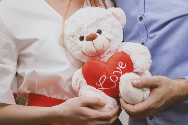 4 Sentimental Gifts For Your Sweetheart