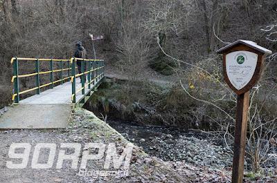 """Parco Lura in bicicletta: Caslino al Piano, """"ponte degli alpini""""."""