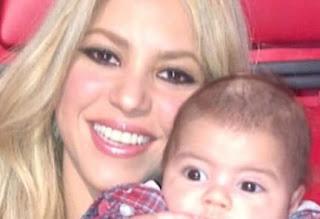 Shakira With Her Kid
