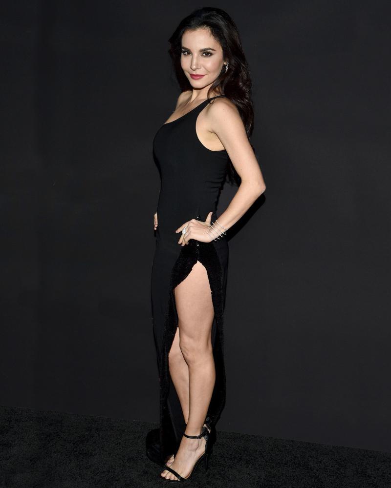 Martha Higarade sexy leg mexican hot women