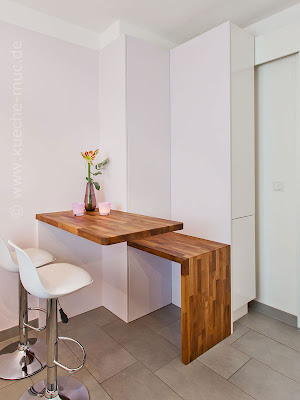 wir renovieren ihre k che kleine moderne kueche. Black Bedroom Furniture Sets. Home Design Ideas