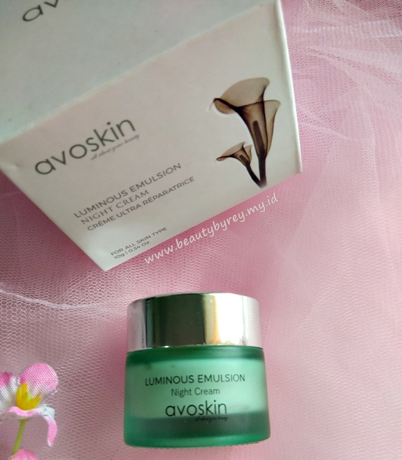 Review Avoskin Luminous Emulsion Night Cream