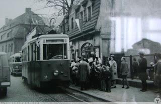 28 kwietnia 1969 r., ostatni dzień kursowania tramwajów, ul. 1 Maja w Jeleniej Górze