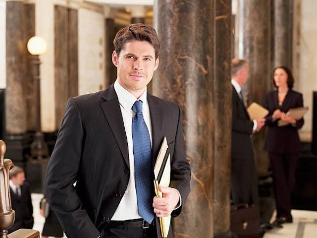 Zmiany kodeksu etyki adwokatów — Mecenasi poprowadzą zwykłą działalność gospodarczą