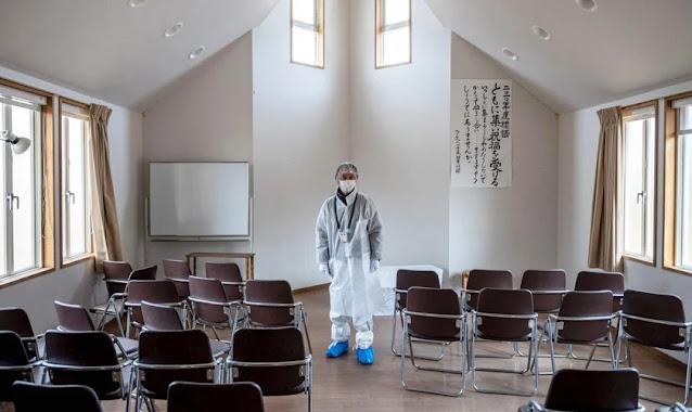 Pastor de Fukushima ora pelo avivamento de igreja atingida por radiação
