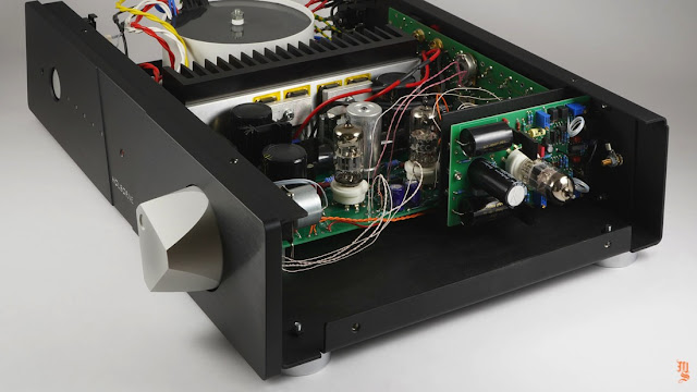 Mono & Stereo © 2021: New Holborne hybrid integrated amplifier from Swiss