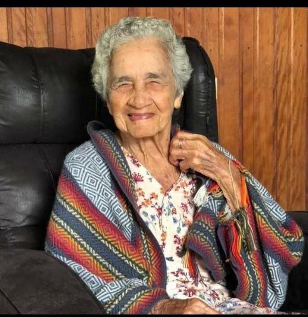 Ana Victor de Almeida, 96 anos [Foto - reprodução: http://acciolytk.blogspot.com/2020/05/tarauaca-morre-dona-nana-no-hospitqal.html]