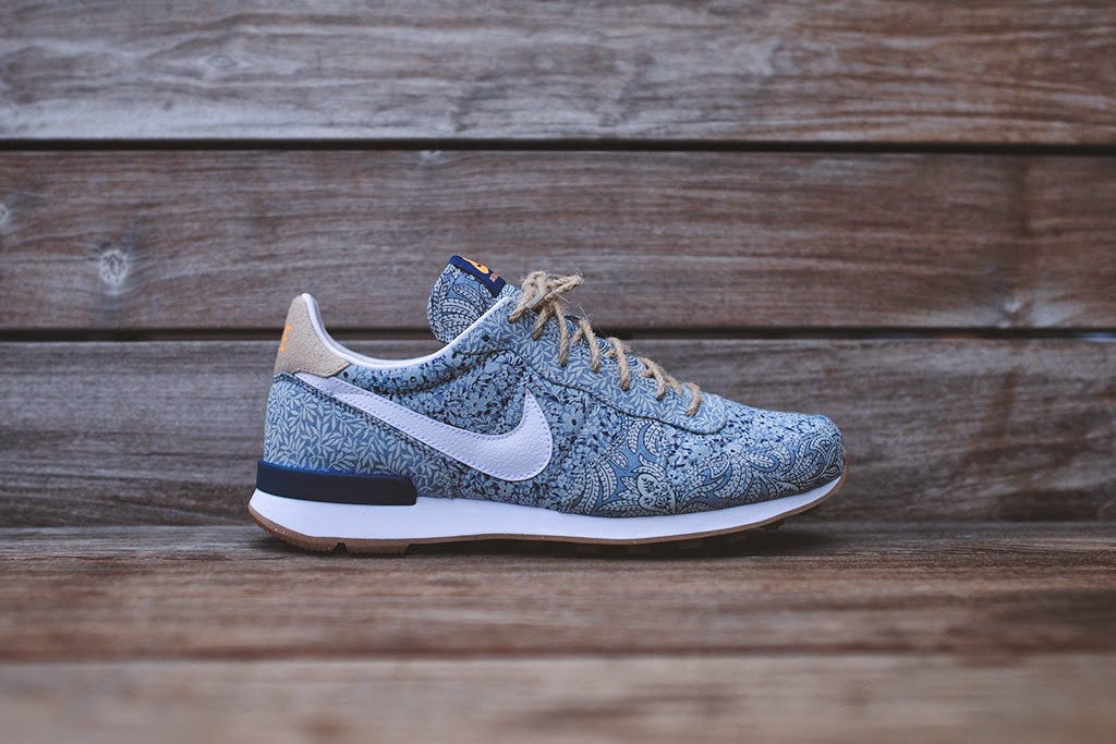 finest selection 1dcb2 8e24c ... low price more info buy. nike womens internationalist liberty qs blue  recall linen a873a aeafd ...