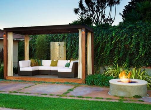 Simple Luxury Patio Design
