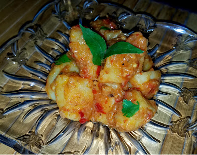 Khatte Aloo / Spicy Saucy Diced Potatoes
