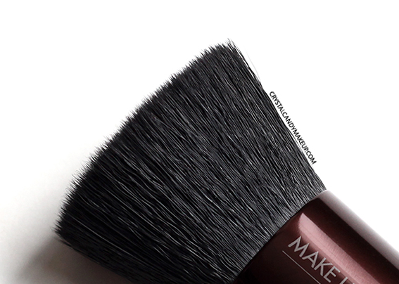Make Up For Ever Pro Bronze Fusion Kabuki Brush Review Close Up Hair