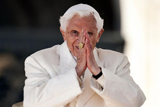 Cuộc cải tổ âm thầm dưới triều giáo hoàng của đức Bênêđíctô XVI