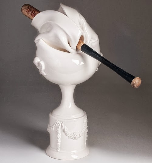 07-Ceramic-Horror-Abuse-French-and-Canadian-Artist-Laurent-Craste-www-designstack-co