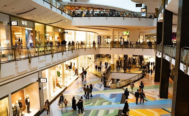 challenges retail businesses need to overcome retailer sales obstacles