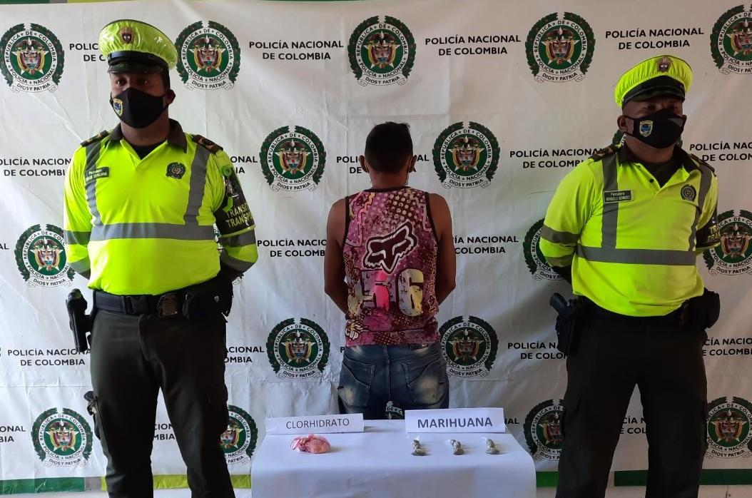 hoyennoticia.com, Jíbaro de Distracción transportaba la droga en bicicleta