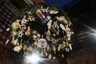 Świąteczny Lublin zdjęcia dekoracje choinka podłaźniczka szopka iluminacje