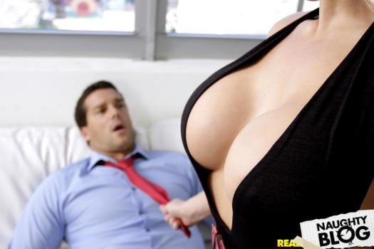 Big Tits Boss – Olivia Fox: Hyped And Horny