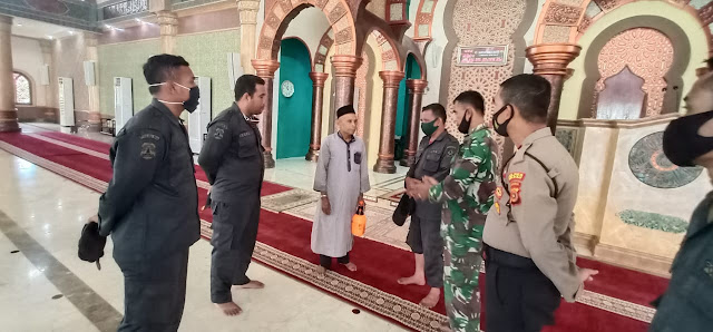 Tim Satgas Covid - 19 Aceh Barat Himbau Jama'ah Masjid Agung Baitul Makmur Agar Mematuhi Prokes