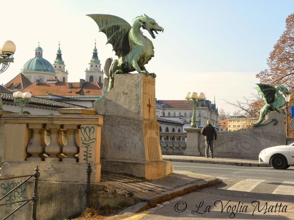reportage Ljubljana ponte dei dragoni