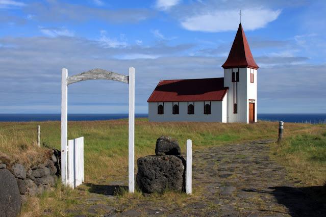 Chiesa di Hellnar