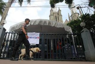 pengamanan gereja di tangerang