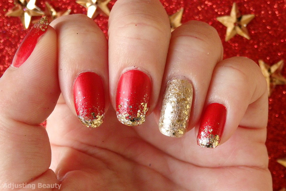 Classic Red And Gold Christmas Manicure - Adjusting Beauty