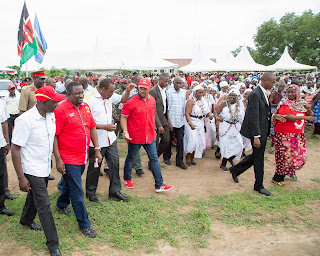 President Kenyatta took Jubilee campaigns in Lunga Lunga, Kwale County. PHOTO | County