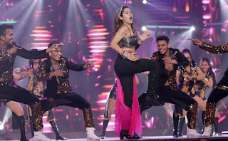 Hindi actors are too busy dancing around than improving their actual craft