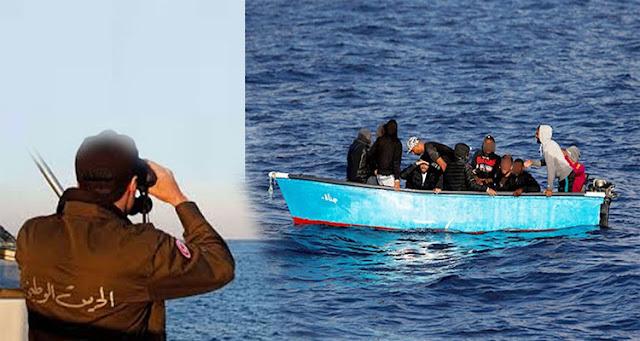 المهدية : انقاذ 39 مجتازا للحدود بعد غرق مركبهم