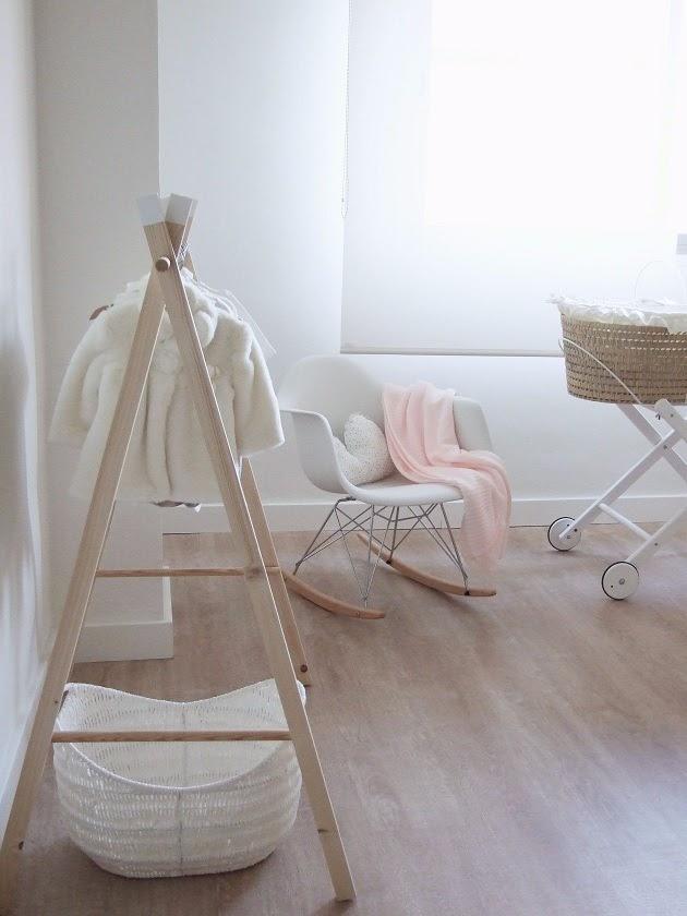 cómo hacer un perchero infantil de madera diy