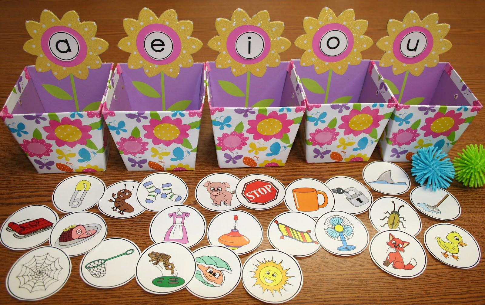 Classroom Freebies Too Springtime Vowel Sorting Activity