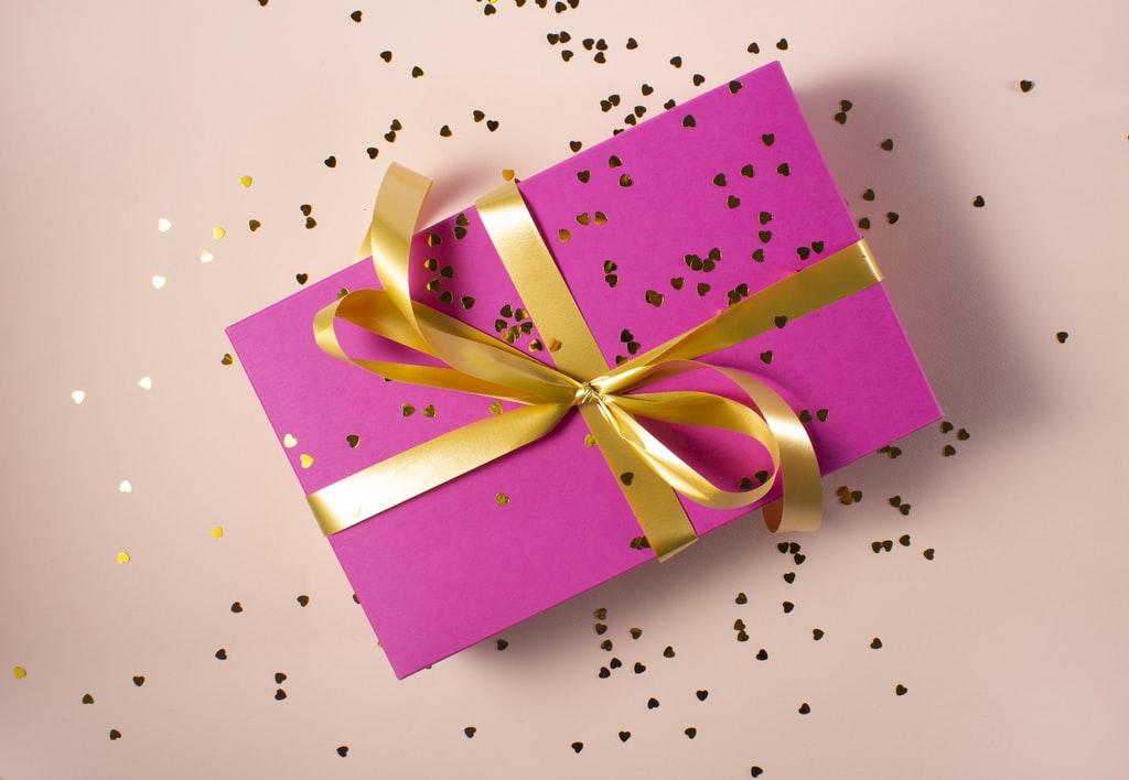 Pomysł na prezent z okazji dnia kobiet - świece zapachowe