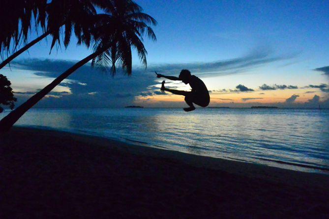 Selepas senja di pantai Tanjung Gelam Karimunjawa