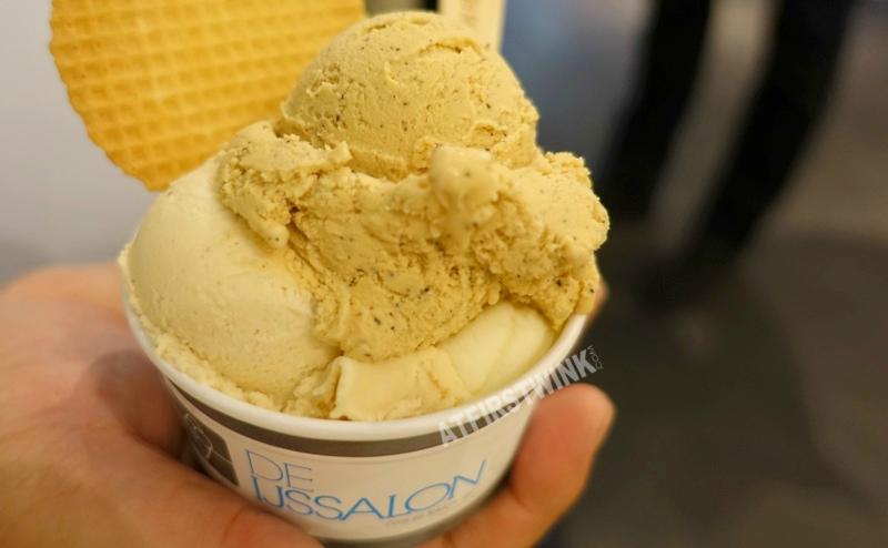 De IJssalon ice cream gelato parlor Rotterdam the Netherlands three scoops cappuccino hazelnut lemon lime