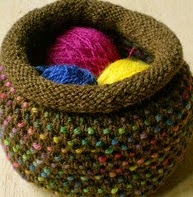 http://www.ravelry.com/patterns/library/dotty-pots