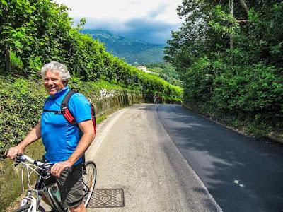 cycling prosecco wine route bike rental valdobbiadene