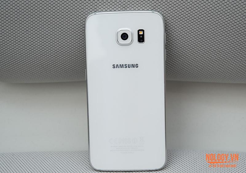 Thiết kế mặt lưng của Samsung Galaxy S6 cũ
