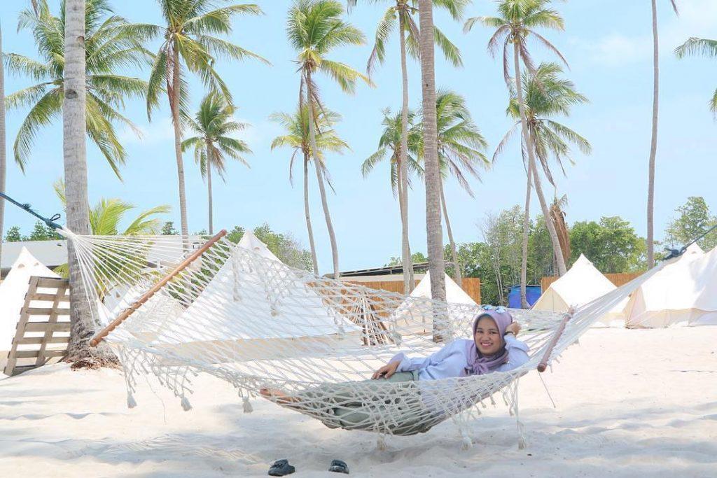 Pulau Ranoh, Si Pantai Cantik Berpasir Putih Batam
