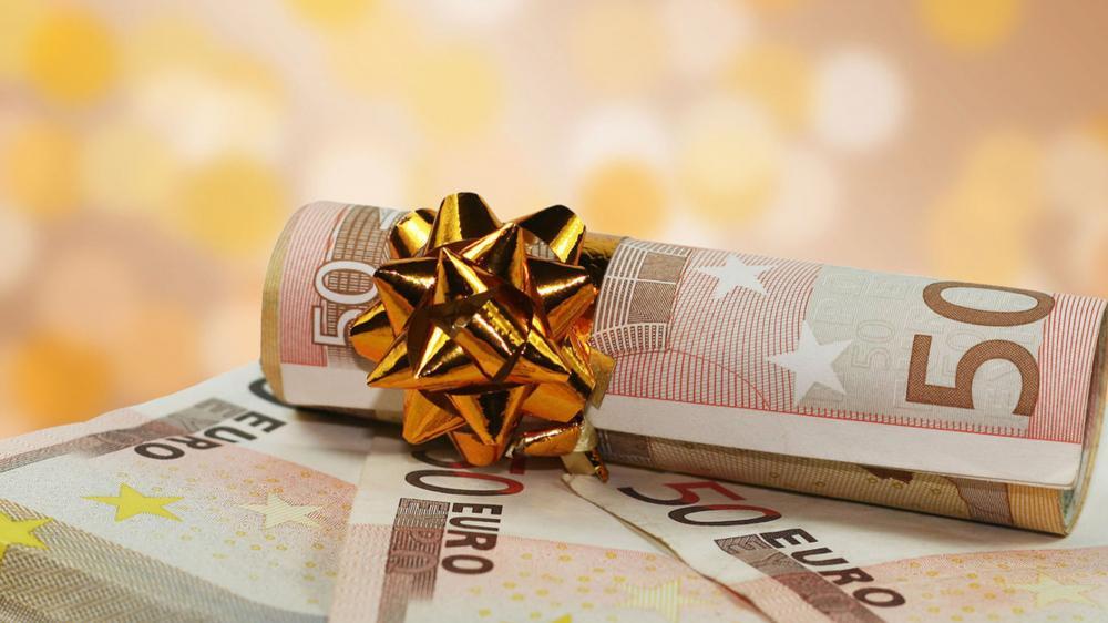 Από Δευτέρα το δώρο Χριστουγέννων από τον ΟΑΕΔ - Έως τις 20 Δεκεμβρίου στους μισθωτούς