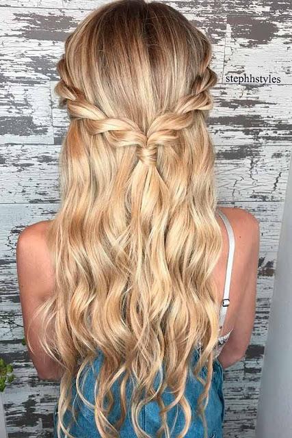 Penteados tumblr são perfeitos e fáceis para você ficar ainda mais linda. Se você ama penteados fáceis, não pode deixar de conferir essa 5 inspirações para você arrasar em qualquer lugar.