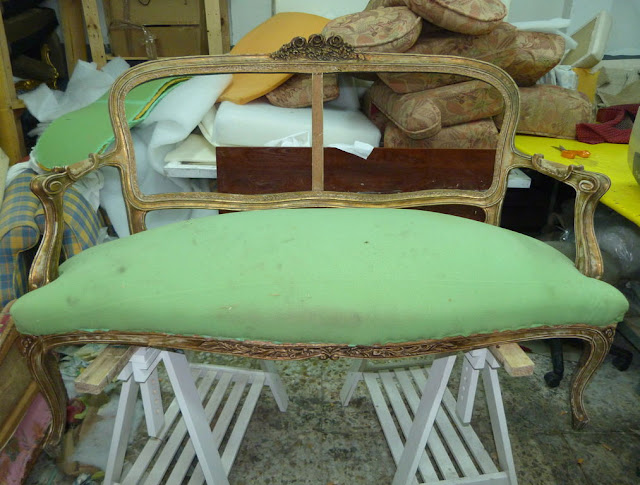sofa-antiguo