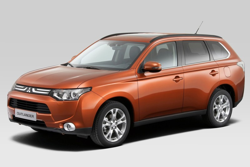 PIMS 2012: Mitsubishi Previews Outlander, Mirage