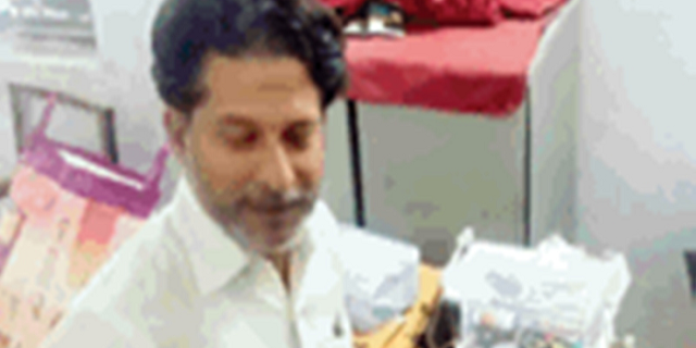 जबलपुर में पकड़ा गया कानपुर का तांत्रिक ठग | JABALPUR NEWS