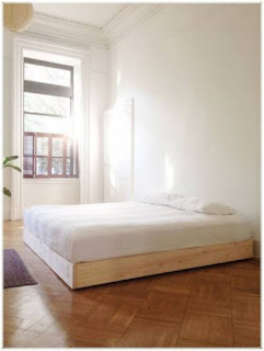 contoh desain kamar tidur model kusen jendela